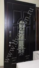 Стальная дверь с кованной решеткой — Кови плюс